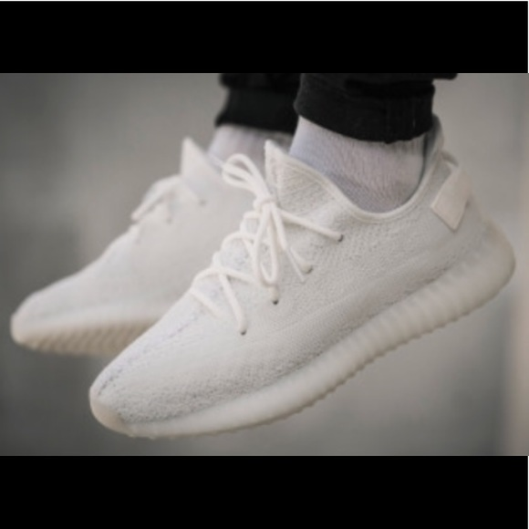 34b897274349c Adidas Yeezy boost 350 v2 brand new cream white